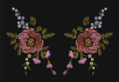 与鸦片和雏菊的刺绣五颜六色的花卉样式开花 在黑色的传染媒介传统民间时尚装饰品 免版税库存图片
