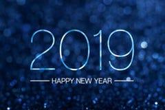 与黑暗的藏青色闪烁bokeh光晶石的新年好2019年 库存例证