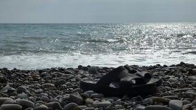 与黑步ins的海海滩 水波海浪 股票录像