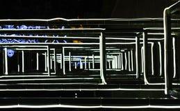与黑钢制框架的白色荧光灯LED标签 库存照片