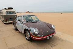 与鼠神色的经典保时捷模型912 库存图片