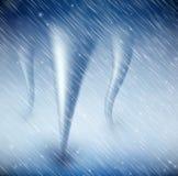 与龙卷风的自然本底 免版税库存照片