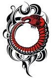 与龙的纹身花刺设计 免版税库存照片