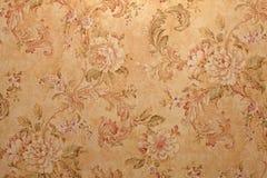 与花卉样式的葡萄酒墙纸 免版税库存照片