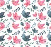 与水彩的无缝的纹理一点蓝色和桃红色鸟和叶子 免版税库存图片