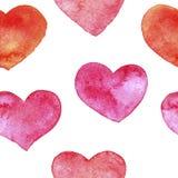 与水彩绘的心脏的无缝的样式 库存照片