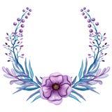与水彩紫罗兰色花和莓果的花圈 图库摄影