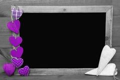 与紫心勋章的黑白Blackbord,拷贝空间 库存图片