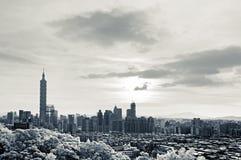 与101摩天大楼的都市风景 库存照片