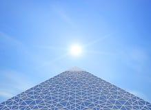金字塔当代 免版税库存图片