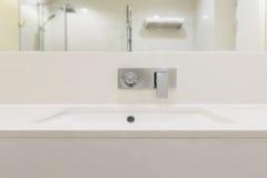 与水槽的柜台 免版税库存图片