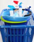 与洗涤剂的洗衣篮 库存照片