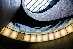 与玻璃阳台的现代未来派内部在波尔图海里面 免版税图库摄影