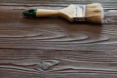 与画笔的绘的自然木头 免版税库存照片