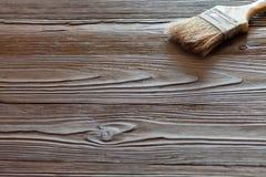 与画笔的绘的自然木头 免版税图库摄影