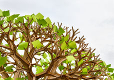 与贴纸叶子的塑料树 图库摄影
