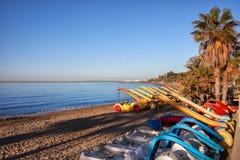 与水自行车的海滩在马尔韦利亚 库存照片