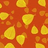 与黄色叶子油漆的红色墙壁纹理 免版税图库摄影