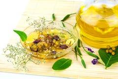 与绿色叶子的Aromatherapie 库存照片