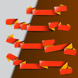 与黄色条纹的四条红色丝带 库存例证