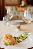 与绿色的鱼天麸罗,食家盘 库存图片