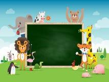与绿色粉笔板的动物动画片框架边界模板 库存图片