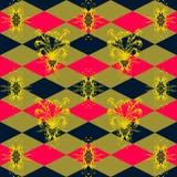 与黄色花卉样式的无缝的样式在青桃红色背景 免版税图库摄影