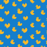 与黄色鸭子的逗人喜爱的样式 图库摄影