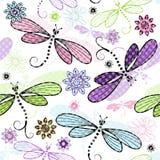 与蜻蜓的春天无缝的花卉样式 免版税库存照片