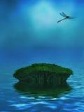 与蜻蜓的海洋背景 免版税库存照片