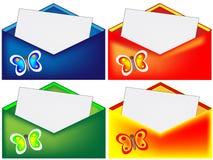 与蝴蝶的红色,蓝色,绿色和黄色信封 免版税库存图片