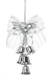 与蝴蝶结,垂悬的装饰的豪华银色门铃 免版税图库摄影