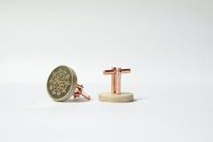 与黄铜蚀刻的手工制造袖扣 免版税库存图片