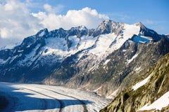 与aletsch冰川的Schoenenbuelhorn和Wannenhorn 免版税库存照片