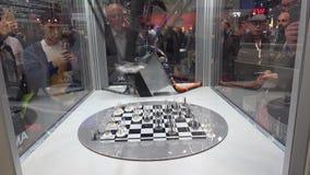 与AMK电驱动的棋盘比赛和在Messe的运动控制技术公平在汉诺威,德国 股票录像