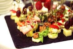 与becon和olivas的甜菜点心 图库摄影