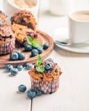 与blueberrie的红萝卜松饼 免版税库存图片