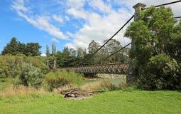 与Clifden吊桥的风景 库存图片