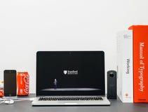 与COO杰夫・威廉斯和手表系列3斯坦福的苹果计算机基调 库存照片