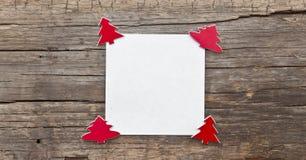 与cristmas树的白纸 库存照片