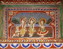 与Hanuman阁下的Rama和老壁画在古老房子胡闹 库存照片