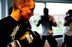 与HPVT面具的Judoka训练 免版税库存图片