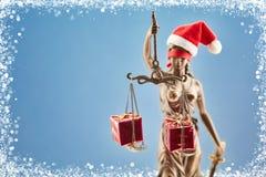 与Justitia和礼物的圣诞节 免版税库存图片