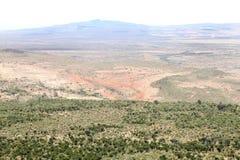 与Mt Suswa火山的美好的风景在肯尼亚的东非大裂谷 免版税库存照片