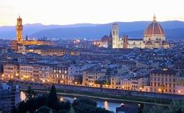 与Palazzo Vecchio和中央寺院的佛罗伦萨佛罗伦萨地平线 库存图片