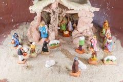 与provencal圣诞节小儿床形象的诞生场面 免版税库存图片