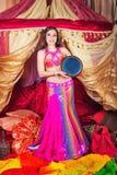 与tabla的东方秀丽舞蹈 免版税库存图片