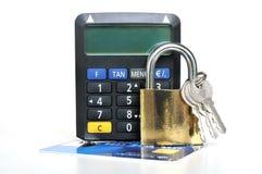 与TAN发电器的卡片安全 免版税库存图片