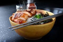 与teriyaki鸡格栅的米 免版税图库摄影