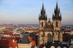 与Tynchurch的看法布拉格 免版税库存照片